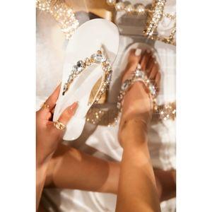 Just In!! 💎🖤 White - Diamond Luxury